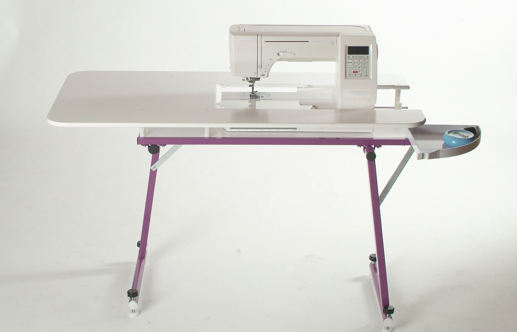 Sewezi Grande Sewing Table Quiltastix